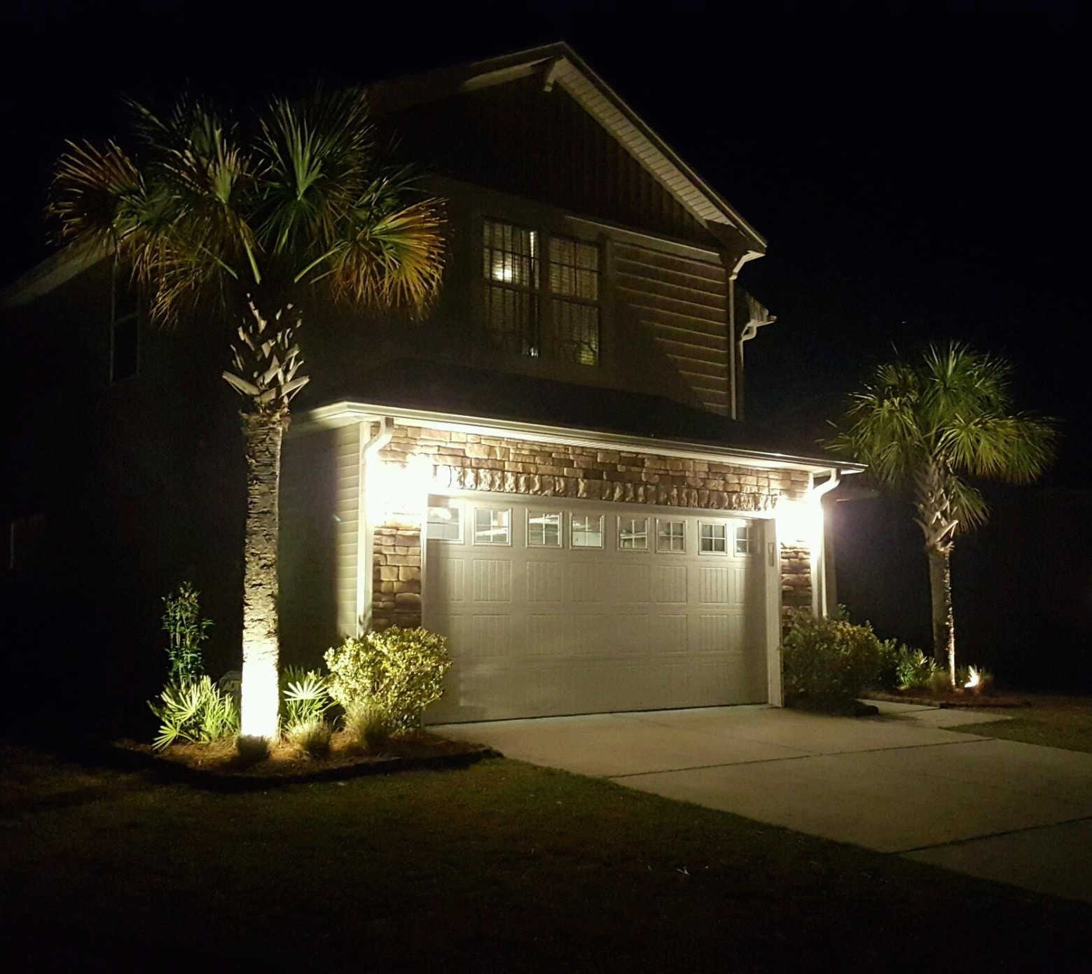 Lowcountry vistas charleston residential landscape design for Lowcountry lighting